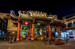БАНГКОК, ТАИЛАНД - 11-ое декабря: Святыня Guan Yin на Чайна-тауне, Yaowa Стоковые Фото