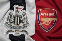 БАНГКОК, ТАИЛАНД - 19-ОЕ ОКТЯБРЯ: Логотип Newcastle United и Стоковые Изображения