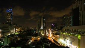 БАНГКОК, ТАИЛАНД - ОКОЛО март 2017: Timelapse городского пейзажа центра города в Бангкоке, Таиланде на ноче сток-видео