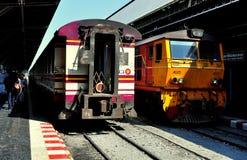 Бангкок, Таиланд: Поезда на станции Hua Lamphong Стоковое Фото