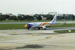Бангкок-Таиланд, 3-ье июля 17: Боинг 737-800 Nokair (низко-cos Стоковое Фото