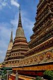Бангкок, Таиланд: Wat Pho Chedis Стоковая Фотография