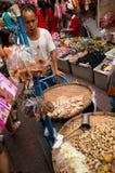 БАНГКОК, - 10-ОЕ ФЕВРАЛЯ: Китайское Новый Год 2013 - торжества внутри Стоковые Изображения RF