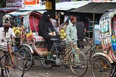 Бангладеш: Рикша велосипеда стоковая фотография