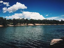 Банки озера, Колорадо-Спрингс, Колорадо стоковая фотография rf