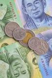 Банкнота и монетка тайского бата Таиланда Стоковые Изображения RF