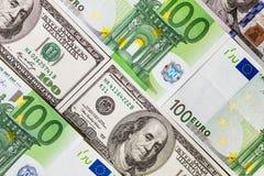 Банкноты евро закрывают вверх Нескольк 100 банкнот евро Стоковые Фото