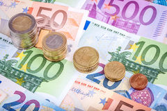 Банкноты и монетки евро Стоковое Изображение
