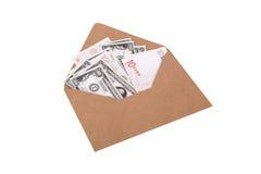 Банкноты доллара и евро внутри конверта Стоковое Фото