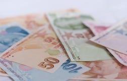 Банкноты турецкой лиры 5000 рублевок картины дег счетов предпосылки Стоковые Фото