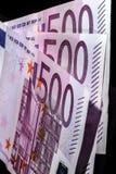 500 банкнот евро в ряд Стоковые Фотографии RF