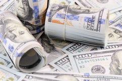 100 банкнот доллара как предпосылка Стоковая Фотография