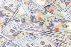 100 банкнот доллара как предпосылка Стоковая Фотография RF