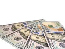 100 банкнот долларов США изолированных на белизне Стоковое Изображение RF