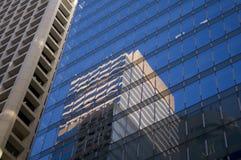 Банк небоскреба горизонта финансового центра дела Гонконга коммерчески строя Admirlty центральный Стоковая Фотография RF