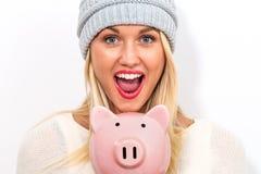 банк предпосылки изолированный над piggy детенышами белой женщины Стоковые Изображения RF