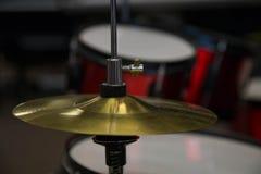 Барабанит ударным инструментом мюзикл выстукивания цимбалы Стоковое Фото