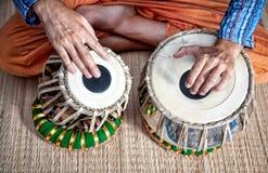 барабанит tabla Стоковое Фото