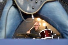 Барабанчики и гитара Стоковая Фотография