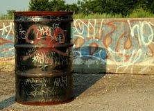 барабаньте надписью на стенах Стоковые Фото