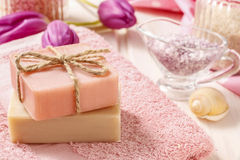 2 бара естественного handmade мыла Стоковая Фотография RF