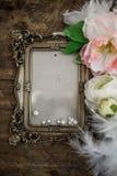 Барочная рамка фото с жемчугами и розами Стоковое Изображение RF