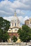 Барочный купол в Риме стоковое фото rf