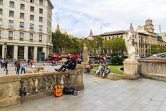 БАРСЕЛОНА, ИСПАНИЯ - 15-ОЕ СЕНТЯБРЯ: Площадь Catalunya в Se Барселоны Стоковая Фотография