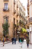 БАРСЕЛОНА, ИСПАНИЯ - 16-ОЕ ФЕВРАЛЯ 2017: Готический квартальный район Gothico вертикально Стоковое Фото