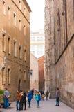 БАРСЕЛОНА, ИСПАНИЯ - 16-ОЕ ФЕВРАЛЯ 2017: Готический квартальный район Gothico вертикально Стоковое фото RF