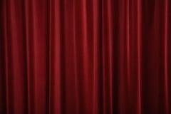 бархат красного цвета занавесов Стоковая Фотография