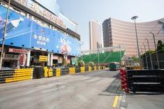 Барьеры безопасности установленные вперед для участвовать в гонке Макао g Стоковое Фото