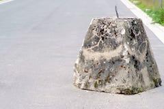 Барьер дороги бетонной плиты стоковое фото rf