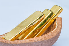 Бар золота (золотой ингот) Стоковые Изображения RF