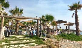 Бар и набережная пляжа в Kissonerga Стоковое Изображение RF