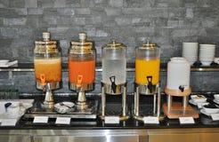 Бар сока на шведском столе Стоковое Изображение RF