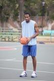 Баскетболист на суде Стоковые Изображения RF