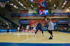 Баскетбольный матч CSKA против перми Пармы стоковые изображения rf