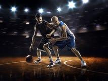 2 баскетболиста в действии Стоковое Изображение RF