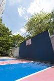 баскетбольная площадка напольная Стоковое Изображение