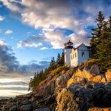 Басовый маяк гавани на национальном парке Acadia захода солнца Стоковые Изображения RF