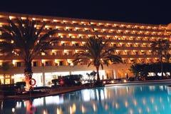бассеин ночи гостиницы Стоковые Изображения