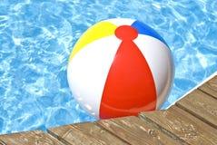бассеин пляжа шарика плавая Стоковые Фотографии RF