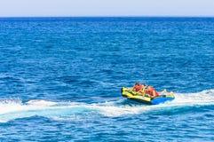 бассеин подныривания конкуренций резвится вода заплывания Греция Стоковое Фото