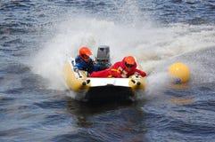 бассеин подныривания конкуренций резвится вода заплывания Стоковые Фото