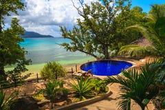 бассеин пляжа тропический Стоковое Фото