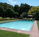 бассеин сада роскошный приватный Стоковое Фото