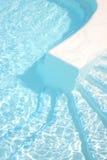 бассеин шагает заплывание Стоковые Изображения