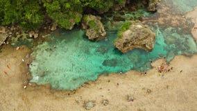 Бассейны утеса Magpupungko естественные Филиппины, Siargao видеоматериал