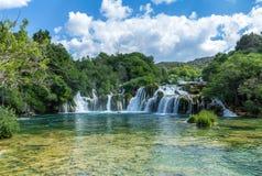 Бассейн водопада и утеса Стоковая Фотография RF